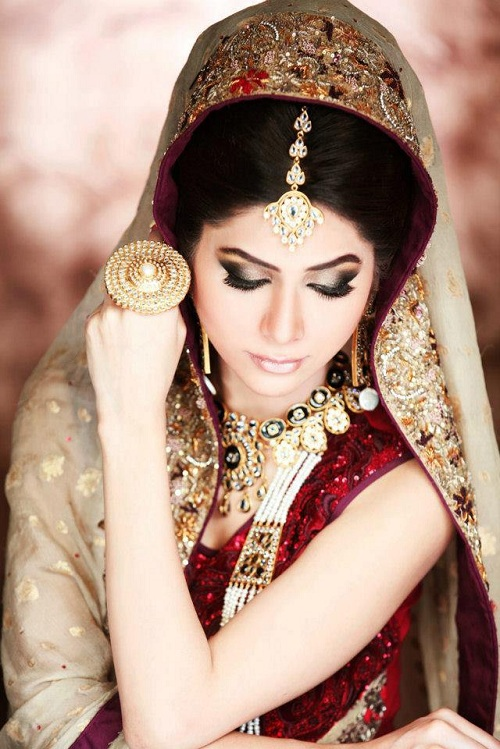 Pakistani Bridal Makeup l Latest New Bridal Wedding Makeup Collection