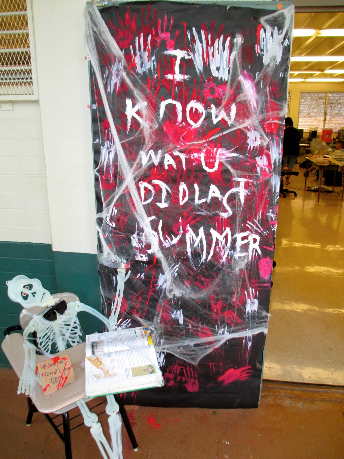 Highlands Intermediate Student Activities Halloween Door  ~ 101454_Halloween Decorating Contest Ideas