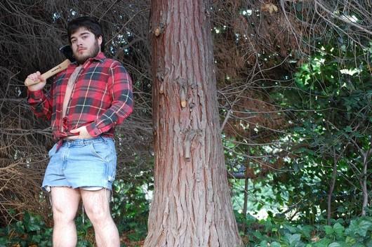 homem faz calendario sexy para a namorada