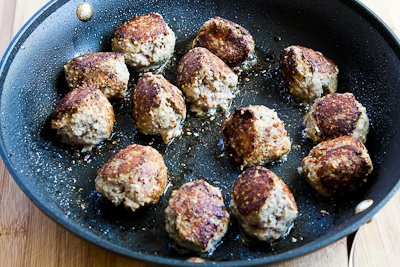 cooking meatballs for Low-Carb and Gluten-Free Turkey Meatballs with Romano Cheese and Herbs found on KalynsKitchen.com