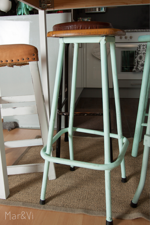taburete mint con chalk paint