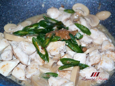 chinese stir fried chicken with green chilli recipe