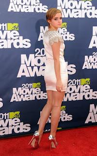 emma-watson-2011MTV-awards-02.jpg