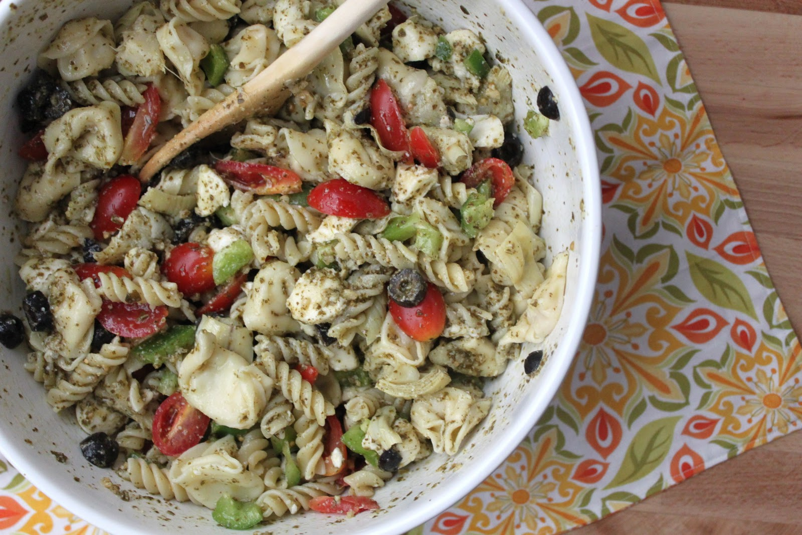 pesto pasta salad pine nuts pesto feta and i m pesto pasta salad ...