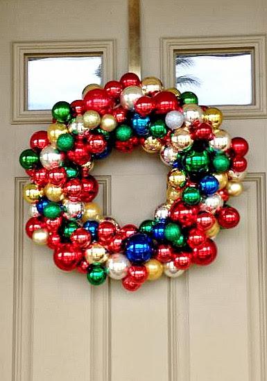 Livelovediy 20 diy christmas ornament wreath ideas lorris ornament wreath solutioingenieria Choice Image