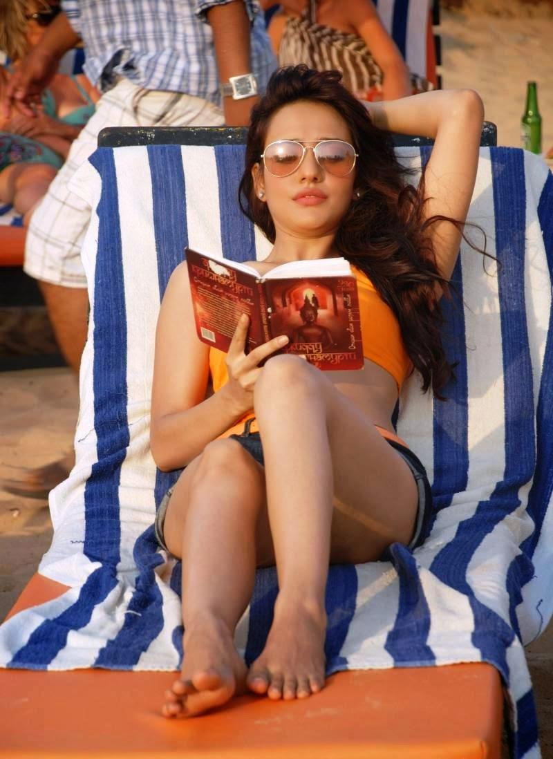 Neha Sharma orange bikini hot pics thunder thighs visible Neha Sharma hot pics hd