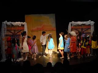 As turmas de teatro infantil encantaram o público