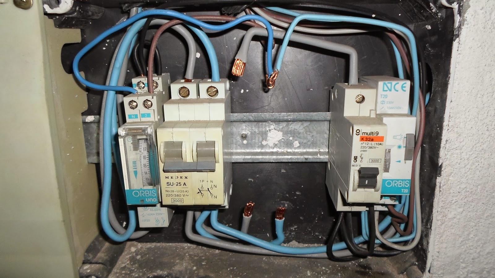 El blog del electricista c mo sustituir un interruptor for Diferencial general electric