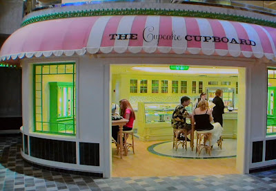 Cupcake Cupboard On Oasis Of The Seas