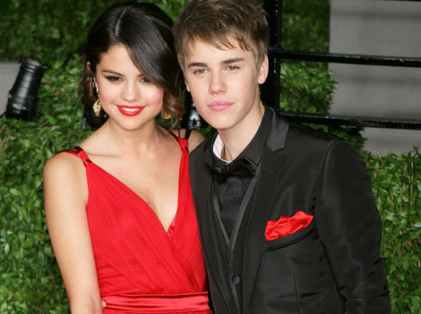 selena gomez and justin bieber 2011 wallpaper. pictures Selena Gomez, Justin