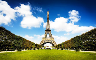Eiffel Tower Paris Green Parks Sky HD Wallpaper
