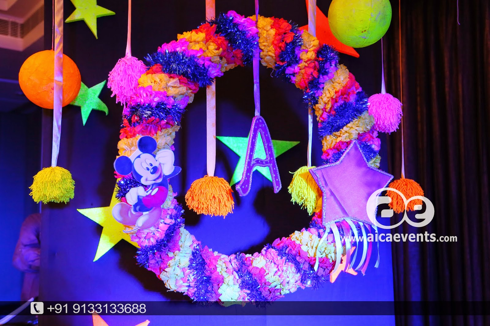 Aicaevents india balloon wall stage backdrop decoration for Balloon backdrop decoration