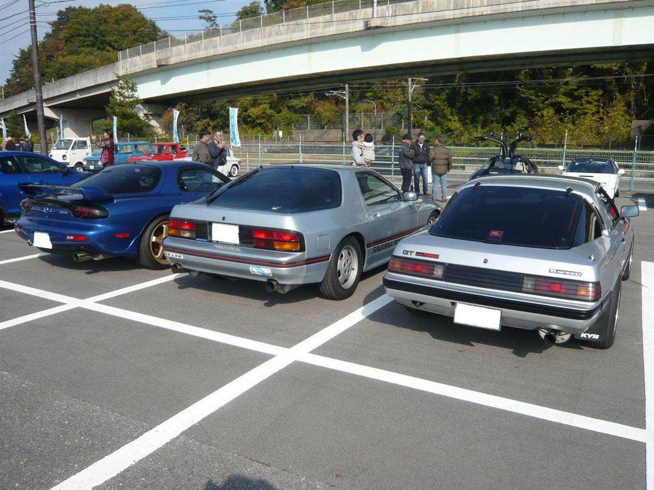 Mazda RX-7, FB, SA22C, FC, FD, auta z silnikiem Wankla, rotary engines, zdjęcia kultowych samochodów, znane, tuning, ciekawe
