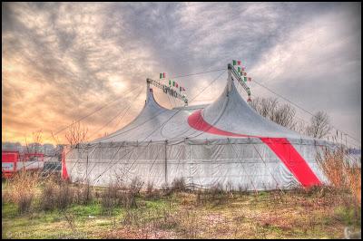 Fotografia in HDR del tendone del circo