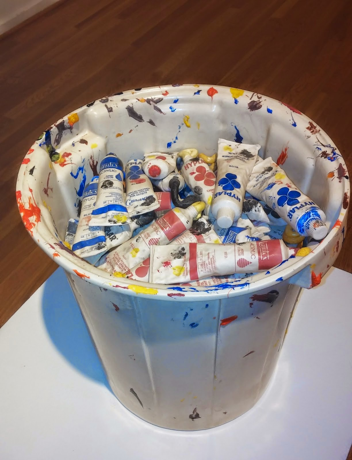 06-Giving-up-on-Painting-Victor-Spinski-Clay-Sculptures-replicating-objects-from-Daily-Life-www-designstack-co