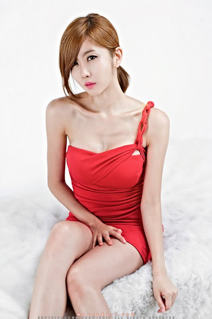 Byeol Yee In Red Dress