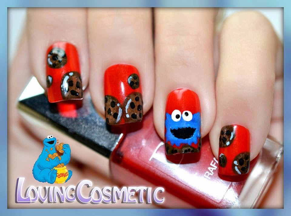http://lovingcosmetic.blogspot.com.es/2014/01/nail-art-cookie-monster-sesame-street_29.html