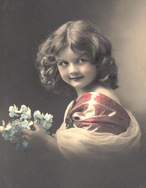 http://2.bp.blogspot.com/-VruoL_KXdQs/TuHXPaaOIiI/AAAAAAAAAzs/gl5ICnvuGxU/s1600/carte+ancienne+enfant889.jpg