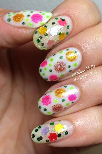 ehmkay nails daisy nail art