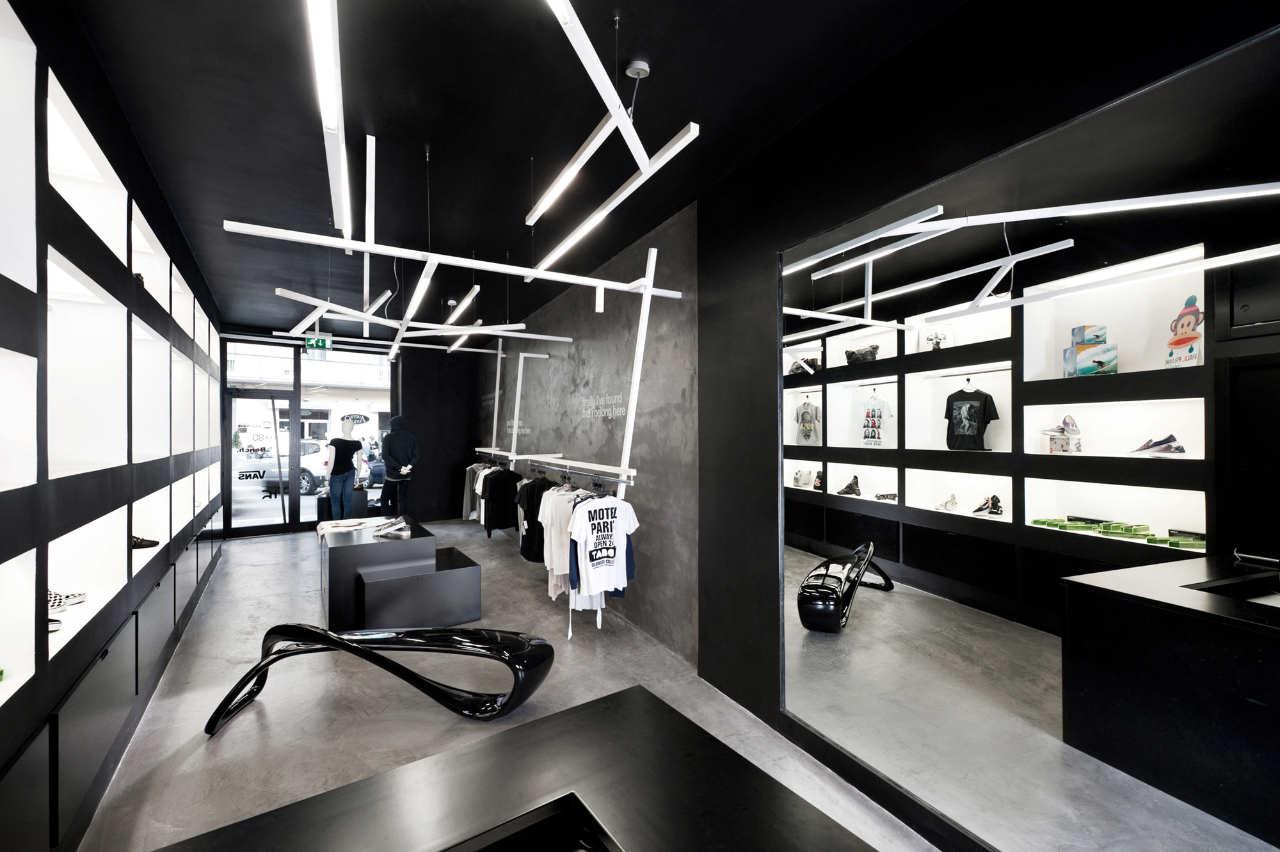 HOME:Unusual Store by Luigi Valente