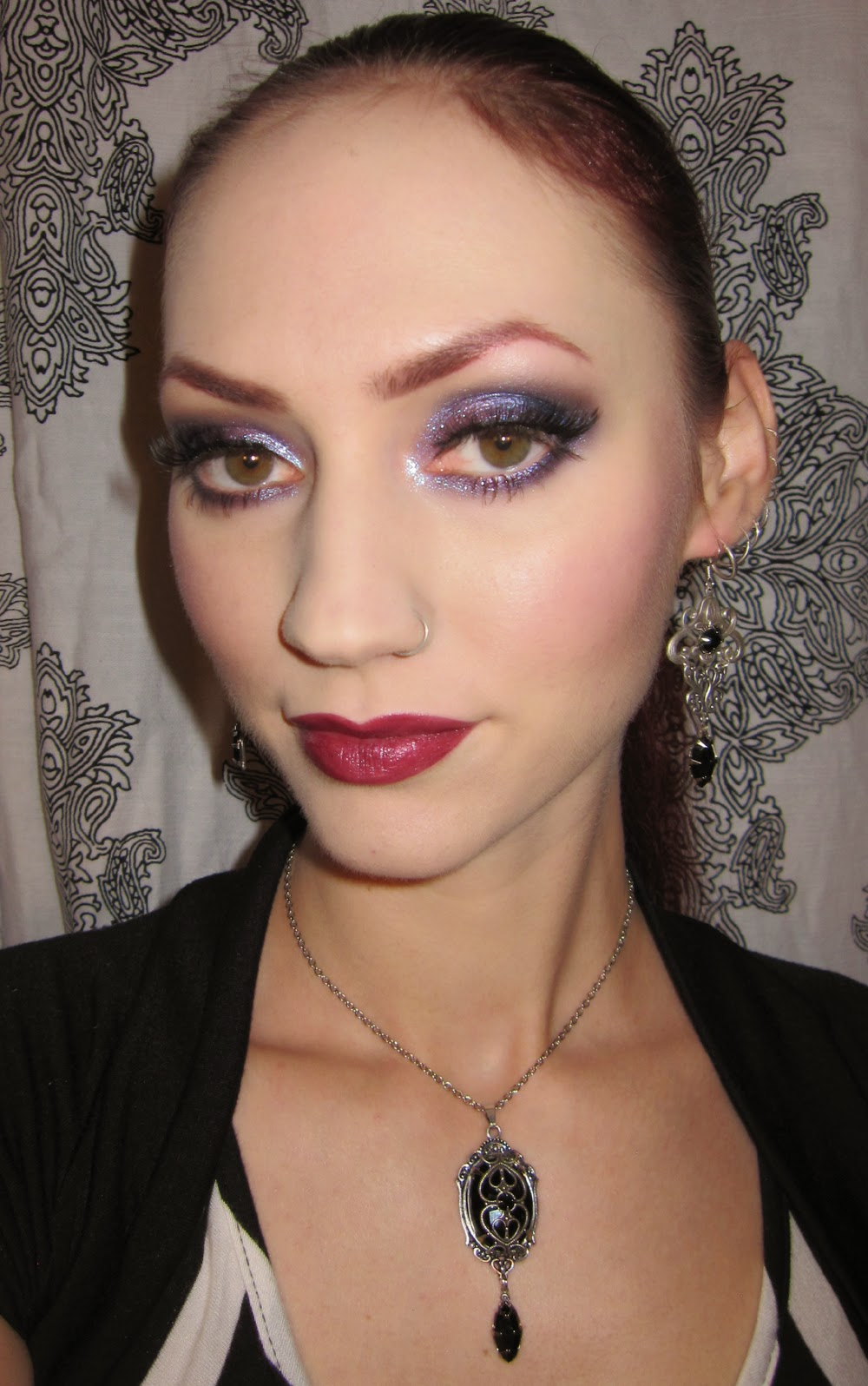 http://themoonmaiden-blix.blogspot.com/2014/11/plum-and-dark-blue-eye-makeup-look.html