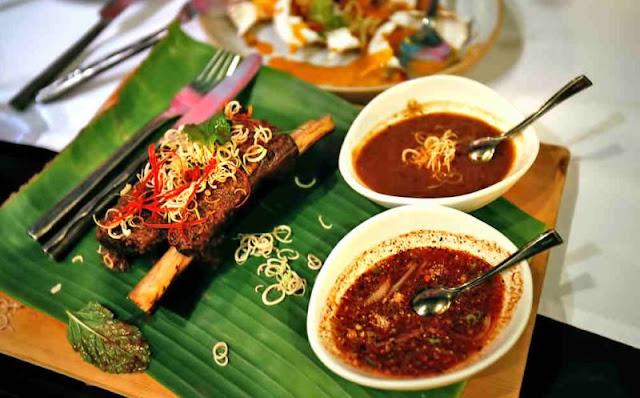 Issaya Siamese Club, Bangkok