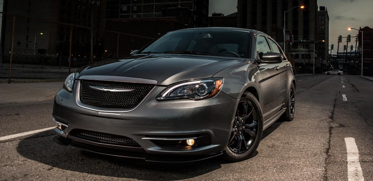 مواصفات وسعر السيارة كرايسلر 200 السيدان 2016 Chrysler