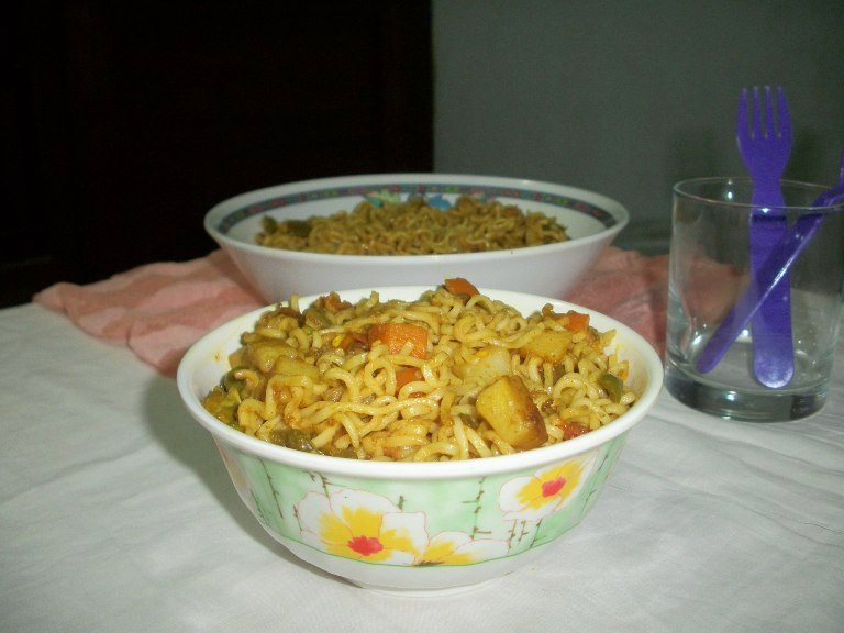 Perfect vegetable noodles how to cook instant noodles with lots of perfect vegetable noodles how to cook instant noodles with lots of veggies lunch box ideas forumfinder Image collections