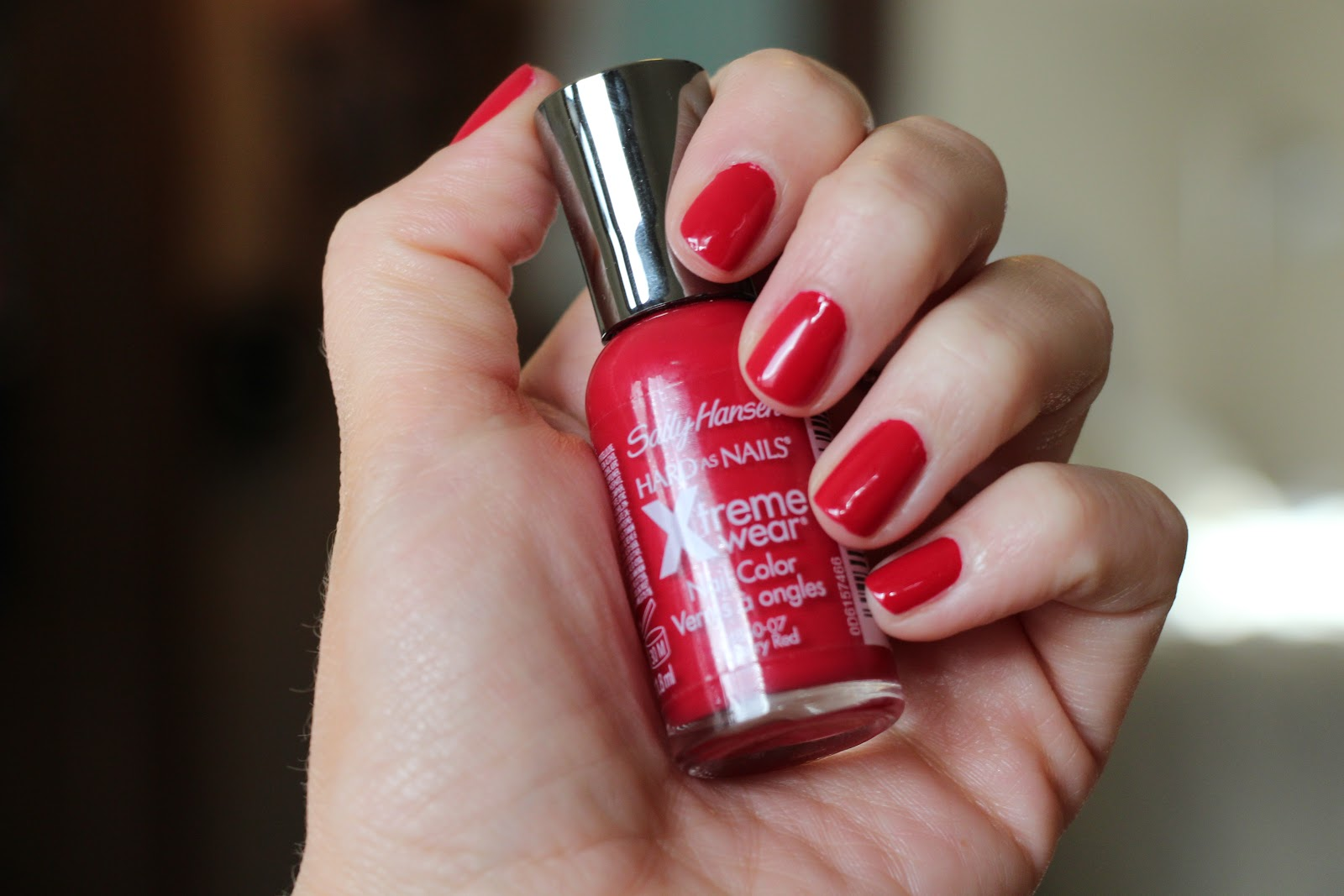 The Makeup Architect: NOTD: Sally Hansen Cherry Red