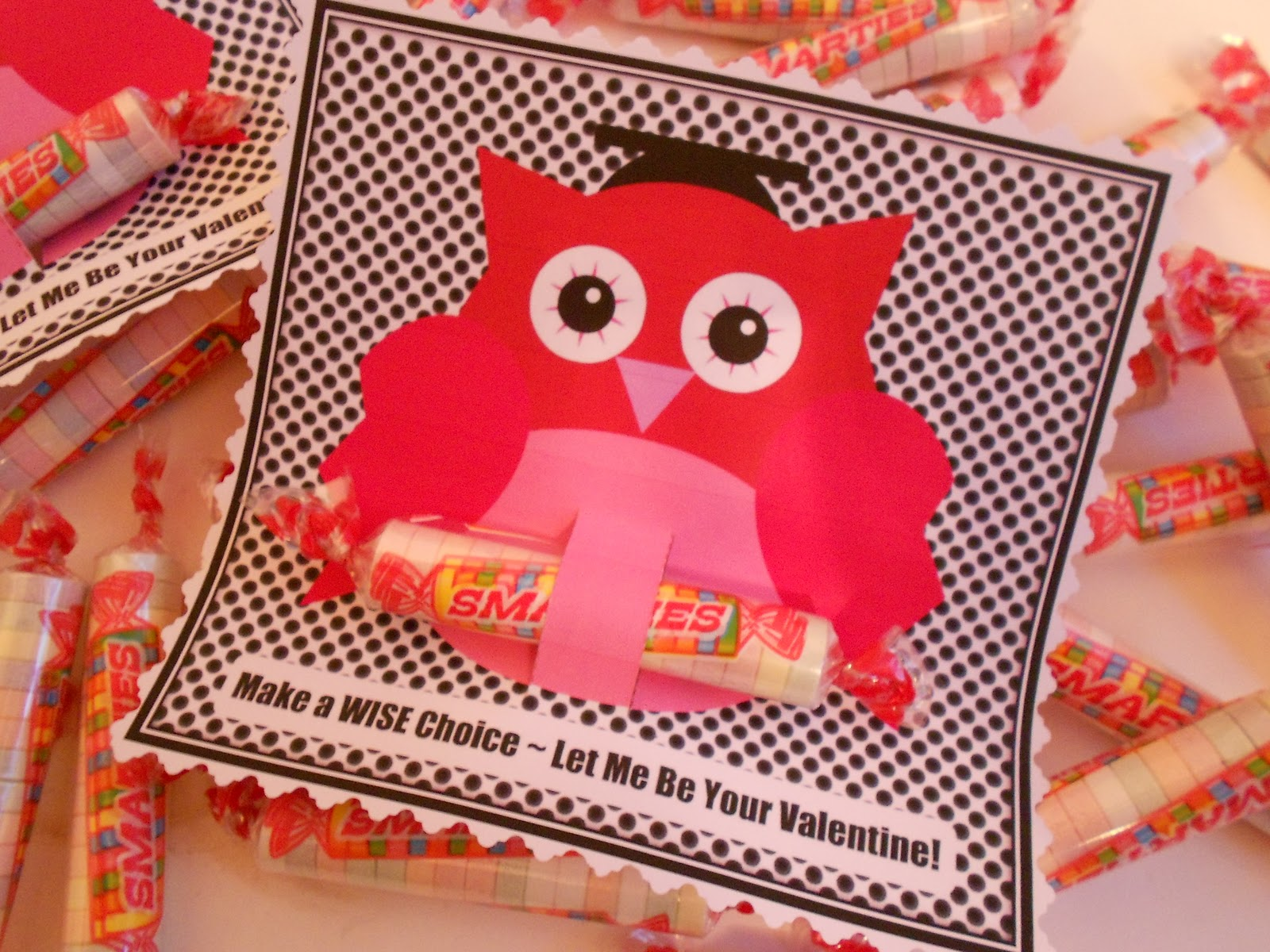 Jennuine by Rook No 17 Owl Valentine Featuring Smarties Candies