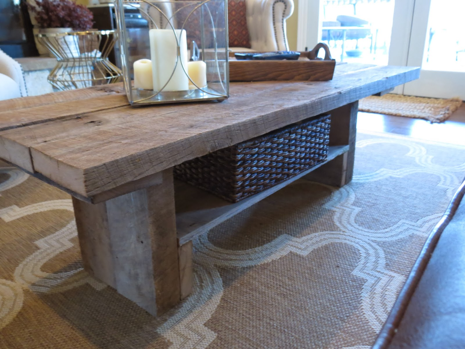tale of 2 tables a golden deal a diy barnwood coffee table - Barn Board Coffee Tables