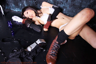 Sexy and Hot Tifa Lockhart Cosplay from Final Fantasi 7