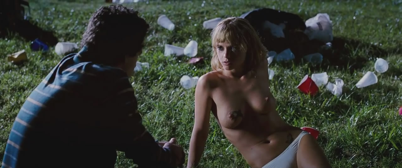 Abbie cornish nude boobs and erect nipples in somersault 8