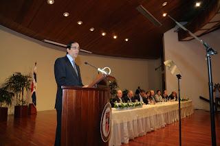 Montalvo presenta proyectos de formación y empleo para Santiago