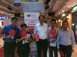 Redwoods Advance with Mr. Teo Chee Hean at Singapore Heart Foundation Road show