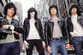 10 Band Punk Terkenal Di Dunia [ www.BlogApaAja.com ]