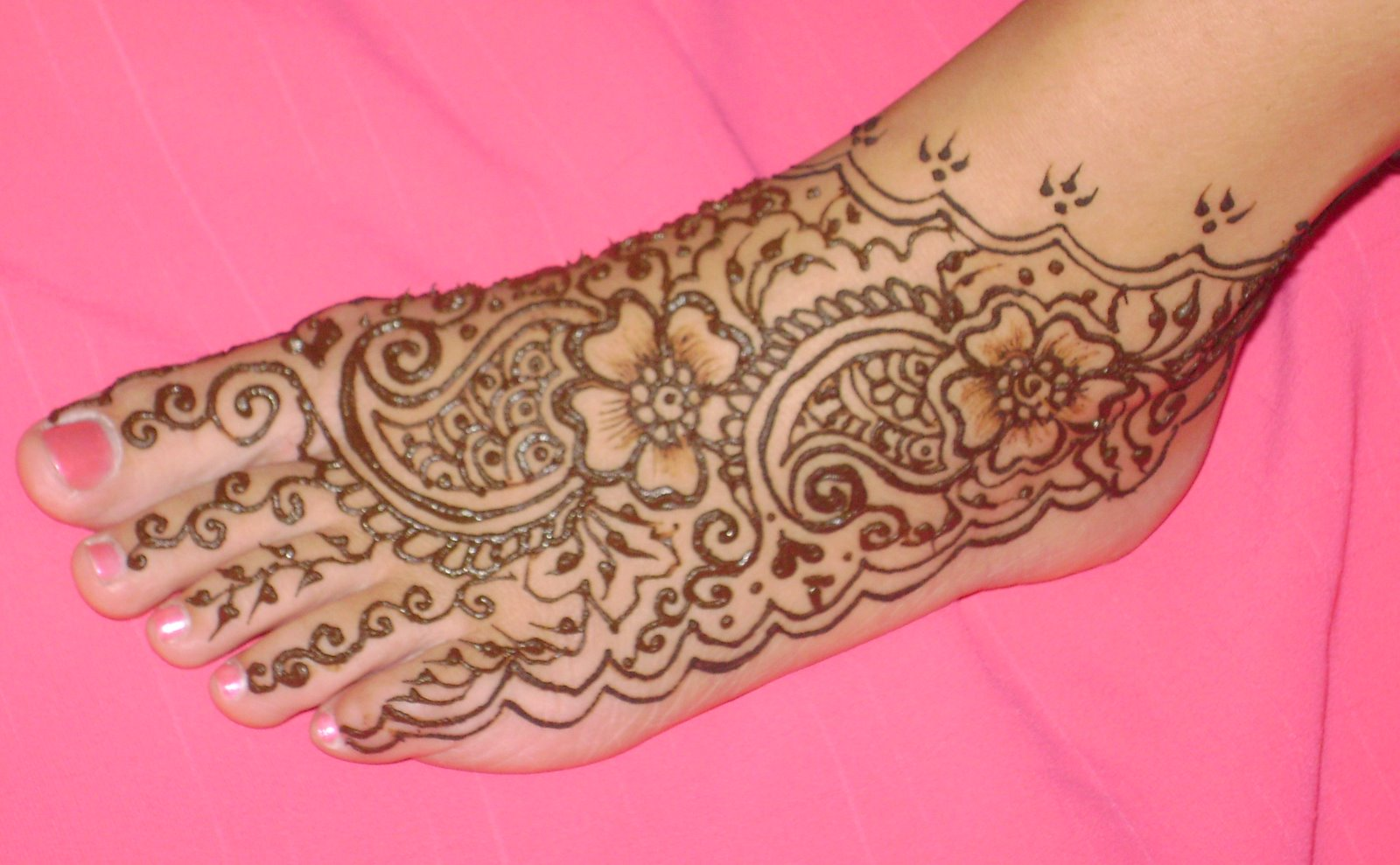 Mehndi Patterns For Legs : Easy foot mehndi designs simple feet henna patterns