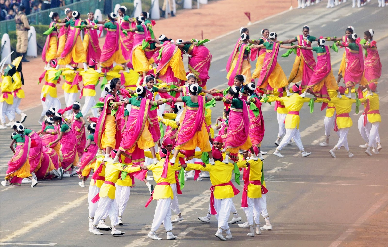 essays on importance of national festival in hindi Independence day is the important day of india where people of india used to hoist flag of india every people of india is used to gather in a group and use to hoist the flag of india by singing the national anthem and many other patriotic songs.