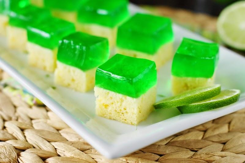 The Kitchen is My Playground: Margarita Cake-n-Jello Shots