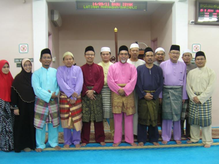 Saf Pimpinan Surau Al Munawwarah