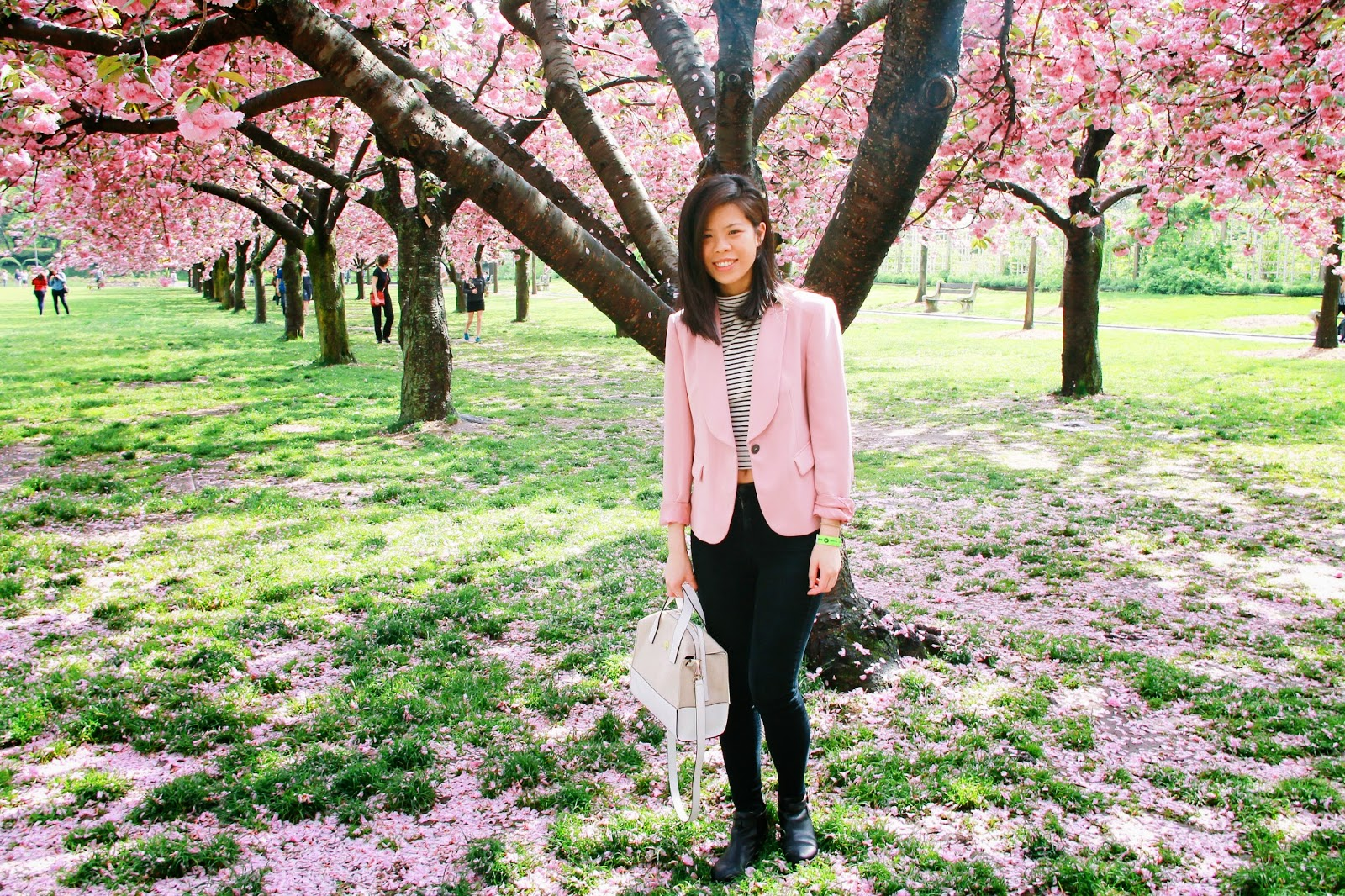 diningonstyle, fashion blogger, asian blogger, zara blazer, kate spade handbag, american apparel jeans