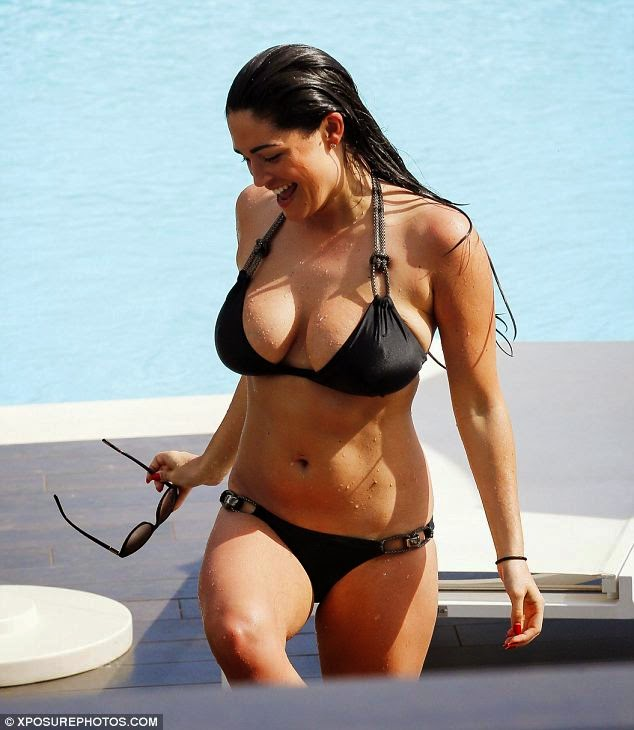 Photos: Casey Batchelor Looks Sexy in Plunging Black Bikini in Portugal