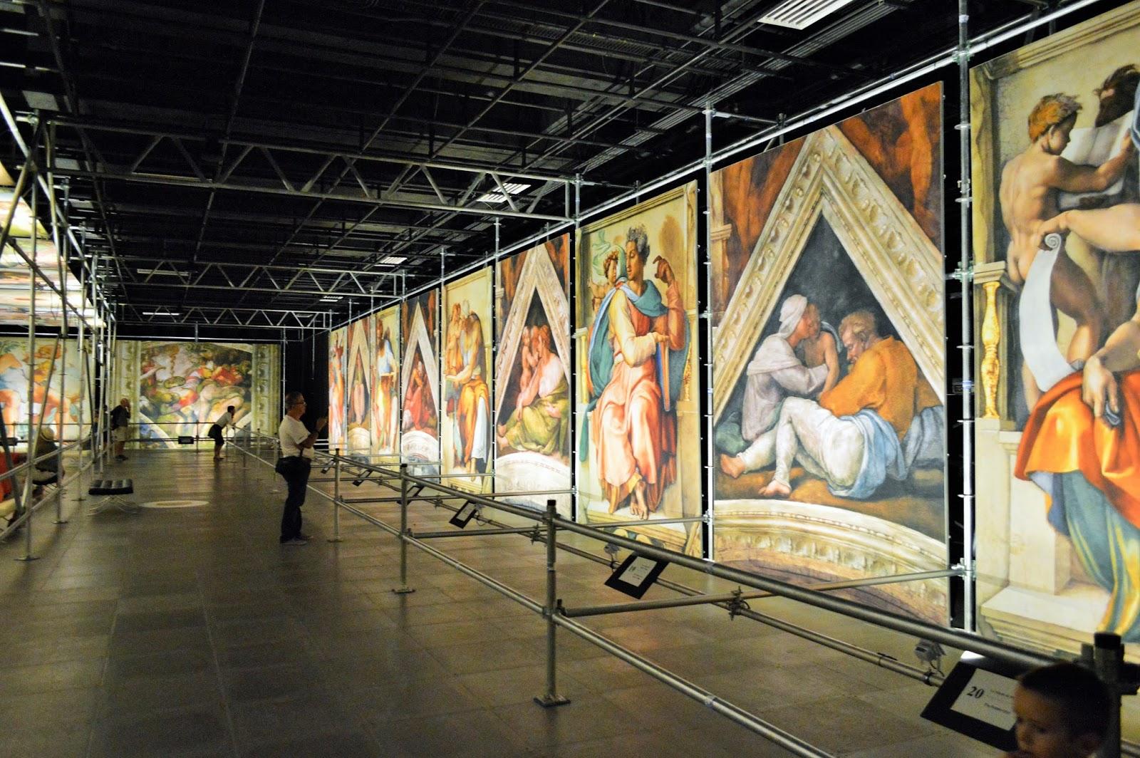 La chapelle sixtine de michel ange l 39 exposition notre - Fresque du plafond de la chapelle sixtine ...