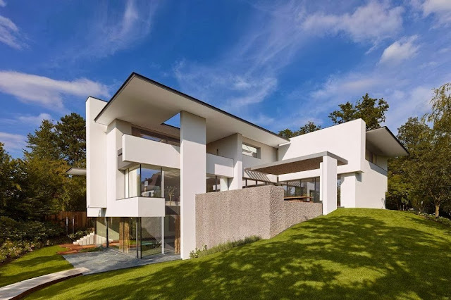 SU House by Alexander Brenner Architekten