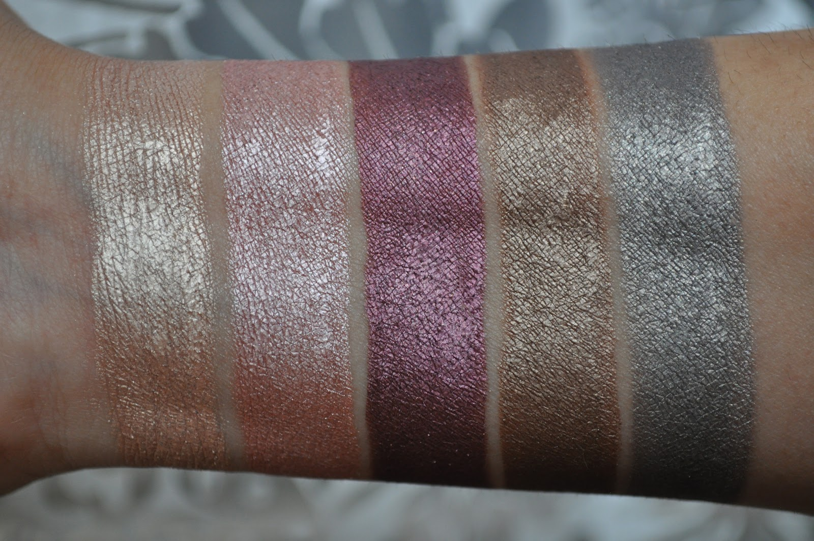 So Lonely in Gorgeous: Make Up For Ever Aqua Cream Swatches