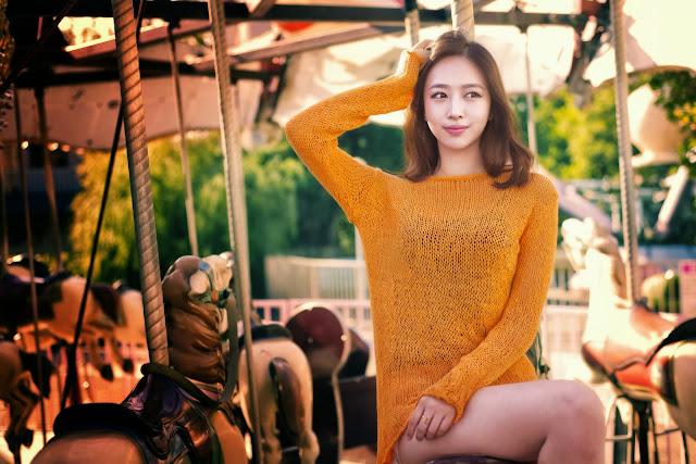 2 Shin Hae Ri outdoor - very cute asian girl-girlcute4u.blogspot.com