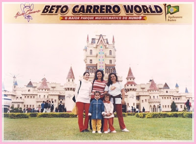 Castela na entrada do Beto Carrero World