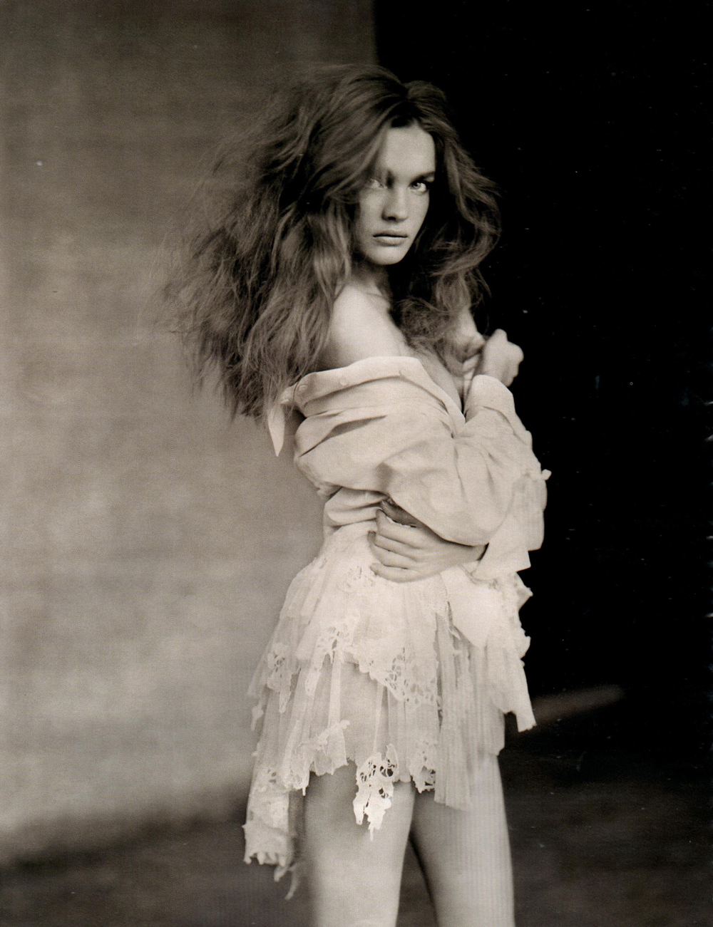 Natalia Vodianova in Vogue Russia March 2008 (photography: Paolo Roversi, styling: Patti Wilson) via fashioned by love british fashion blog