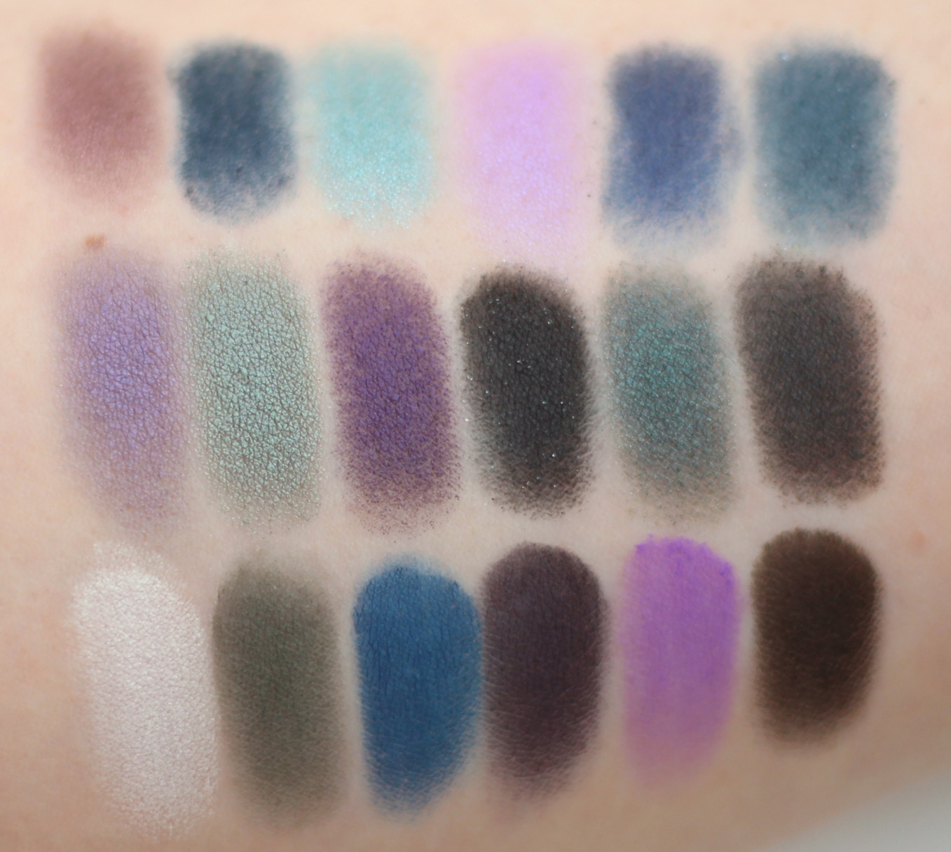 Give Them Nightmares palette from Makeup Revolution swatches