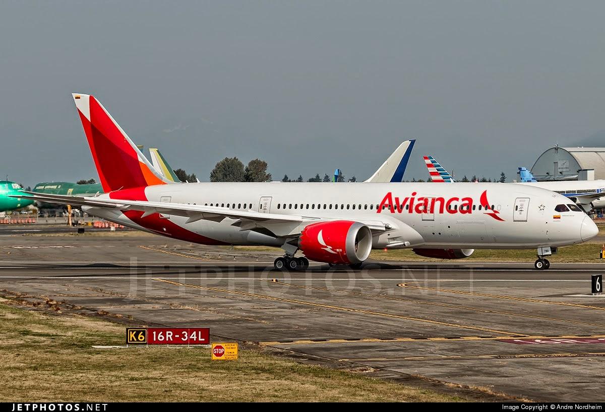 Volar es pasi n diciembre 2014 for Interior 787 avianca